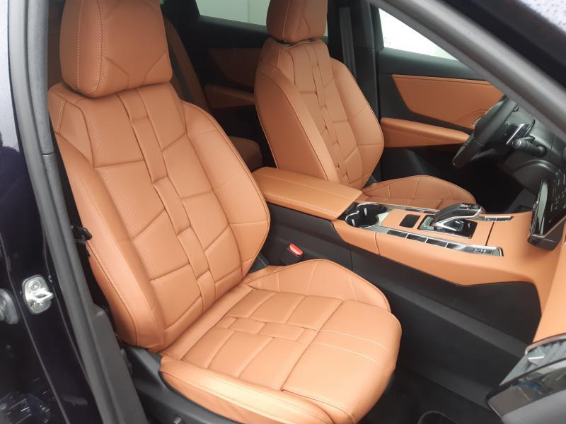 DS DS 7 Crossback So Chic 2.0 HDI 180 8/27