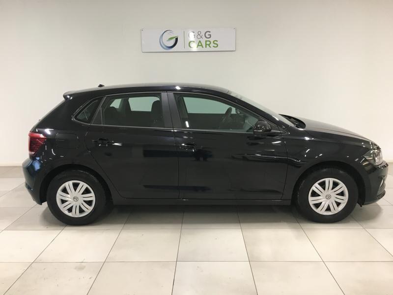 Volkswagen Polo VI Trendline 6/12