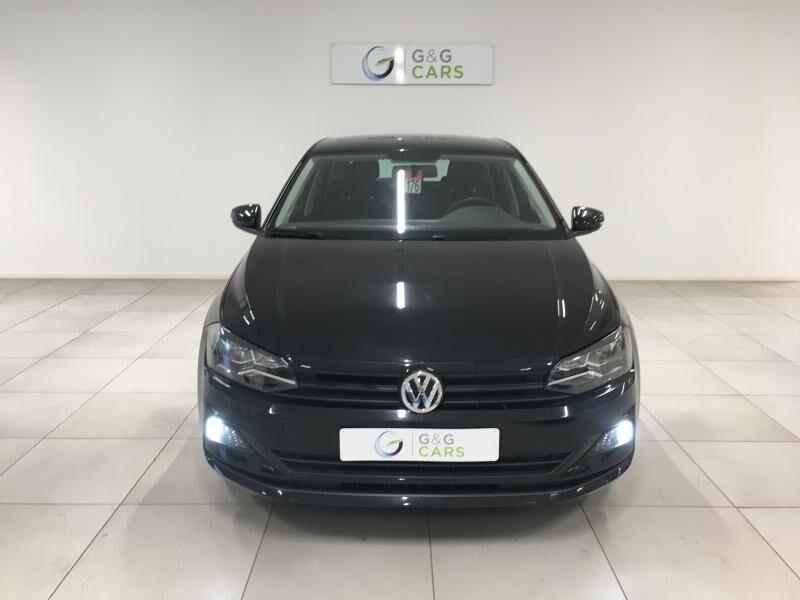Volkswagen Polo VI Trendline 5/12