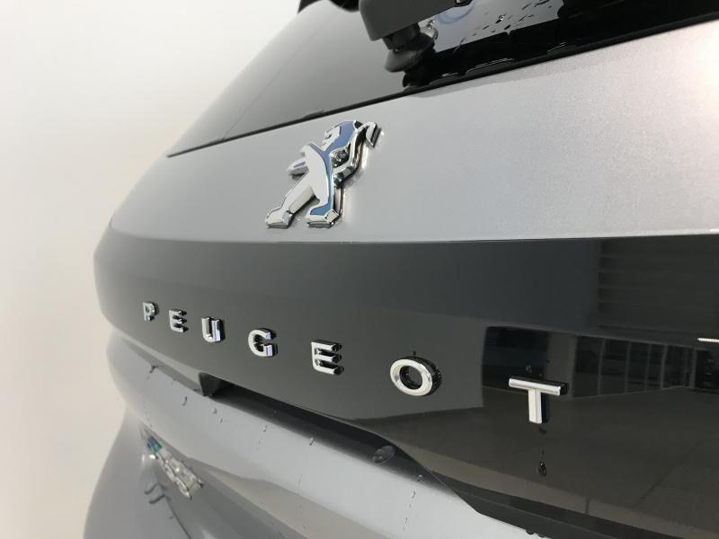Peugeot 208 E-208 ALLURE 18/40