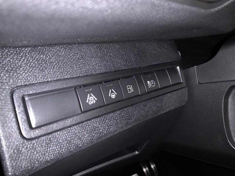 Peugeot 3008 GT HYBRID 300 E-EAT8 Disponible APD. 16/05/20 16/22