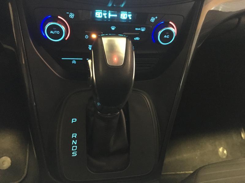 Ford C-MAX Titanium automatique 13/15