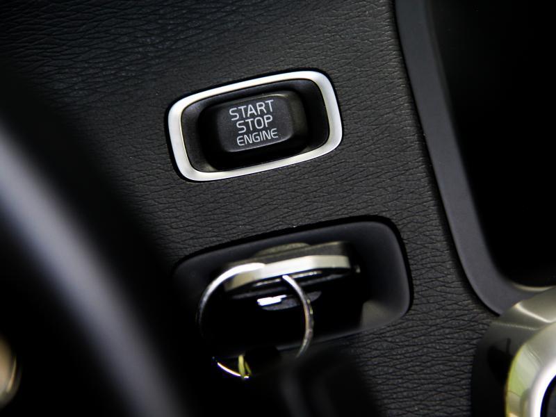 Volvo S60 Summum D3 GEARTRONIC 150pk 2.0D D3 150pk AUTOMAAT 25/45
