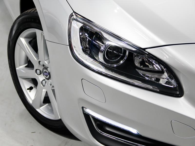 Volvo S60 Summum D3 GEARTRONIC 150pk 2.0D D3 150pk AUTOMAAT 41/45