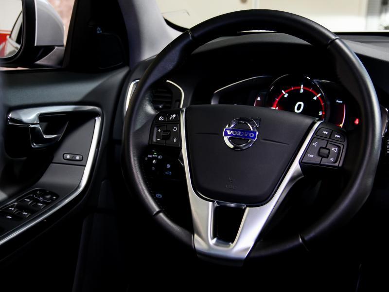 Volvo S60 Summum D3 GEARTRONIC 150pk 2.0D D3 150pk AUTOMAAT 13/45