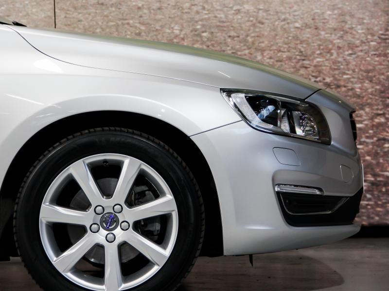 Volvo S60 Summum D3 GEARTRONIC 150pk 2.0D D3 150pk AUTOMAAT 40/45