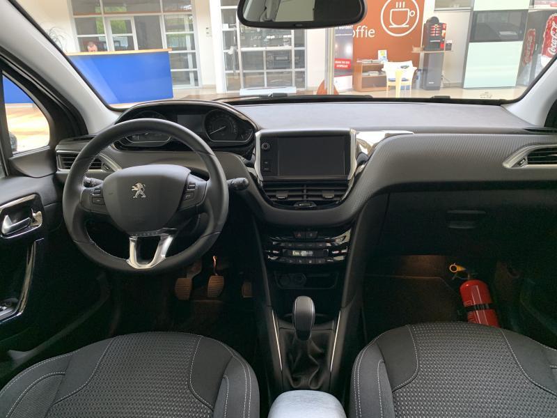 Peugeot 208 Allure