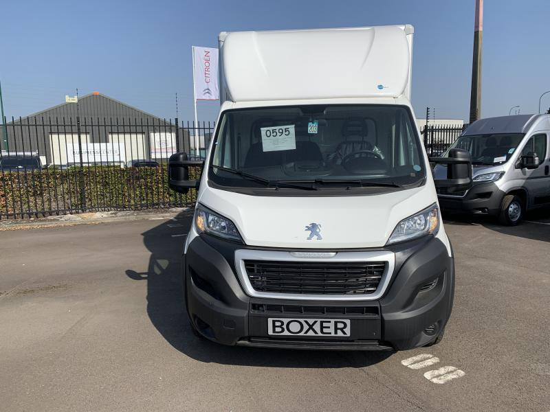 Peugeot Boxer Caisse Polyester 410 avec hayo