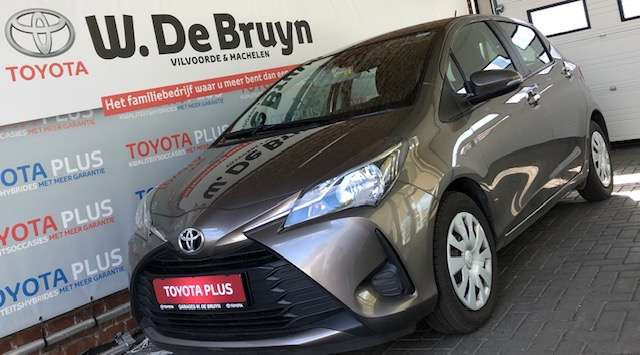Toyota Yaris 1.0 Benzine Young 1/8