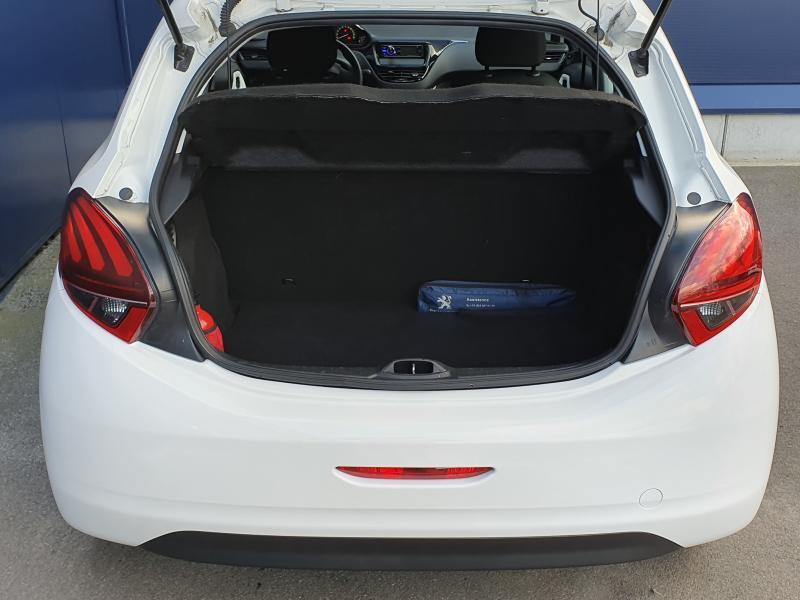 Peugeot 208 Like 1.2 Puretech 8/14
