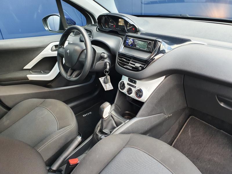 Peugeot 208 Like 1.2 Puretech 2/14