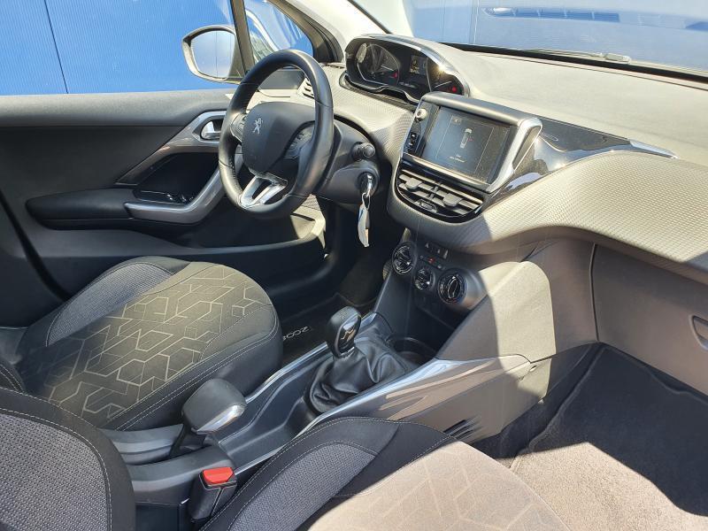 Peugeot 2008 Active 1.2 Puretech 2/21