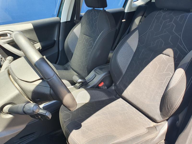Peugeot 2008 Active 1.2 Puretech 14/21