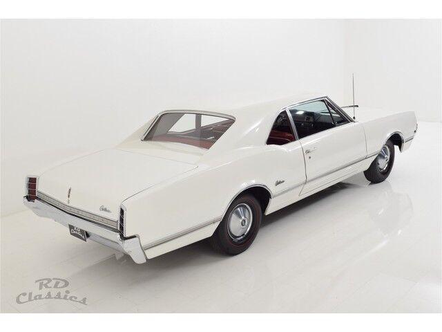 Oldsmobile Cutlass 2D Coupe 7/32