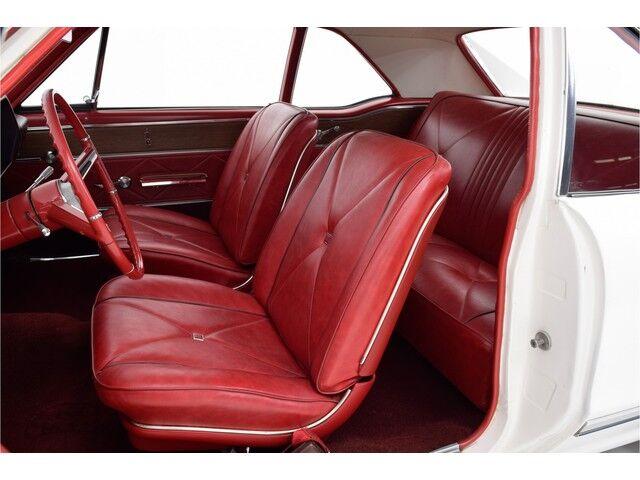 Oldsmobile Cutlass 2D Coupe 14/32