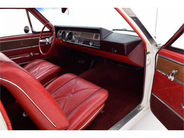Oldsmobile Cutlass 2D Coupe 17/32