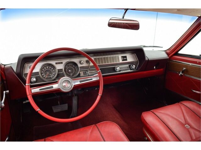 Oldsmobile Cutlass 2D Coupe 19/32