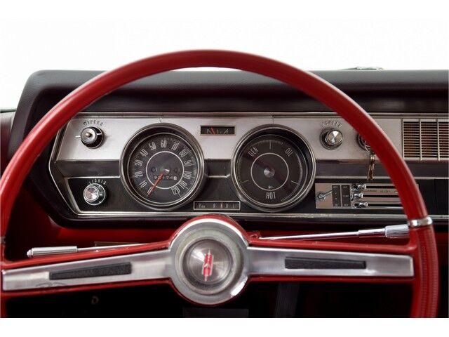 Oldsmobile Cutlass 2D Coupe 21/32