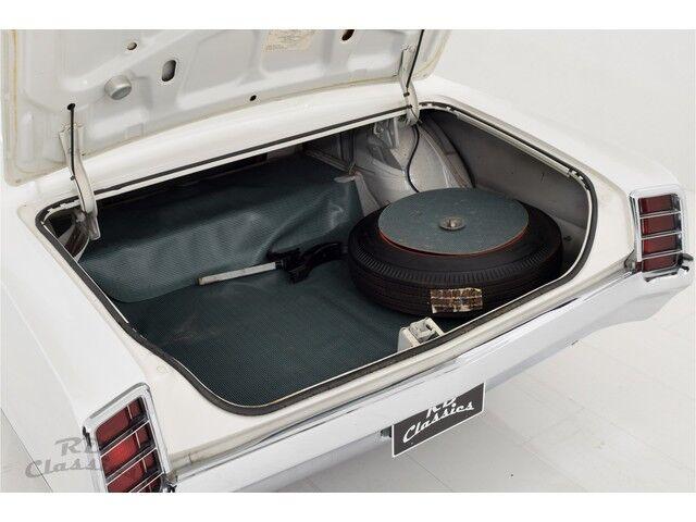 Oldsmobile Cutlass 2D Coupe 22/32