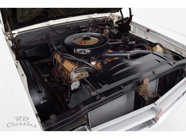 Oldsmobile Cutlass 2D Coupe 23/32