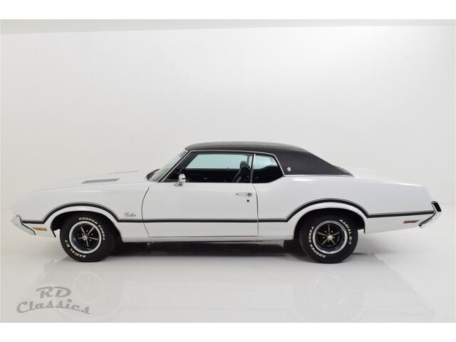 Oldsmobile Cutlass 2D Hardtop Coupe 4/31