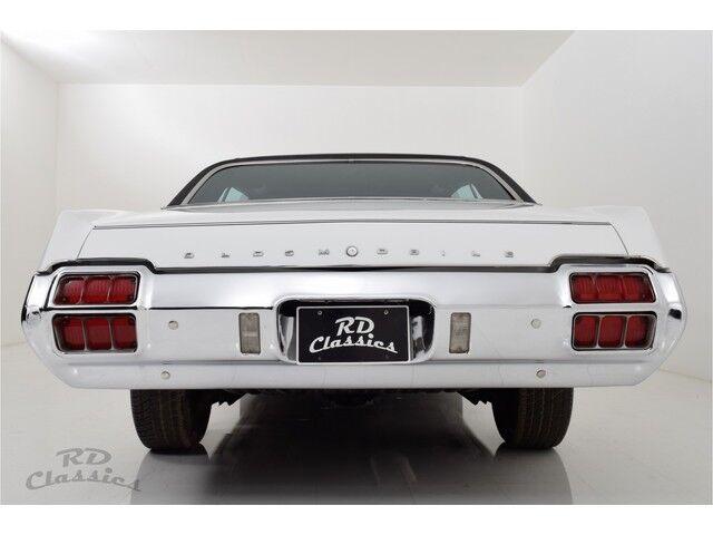 Oldsmobile Cutlass 2D Hardtop Coupe 6/31