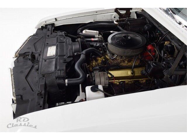 Oldsmobile Cutlass 2D Hardtop Coupe 24/31