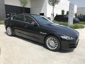 Jaguar XE Prestige D163