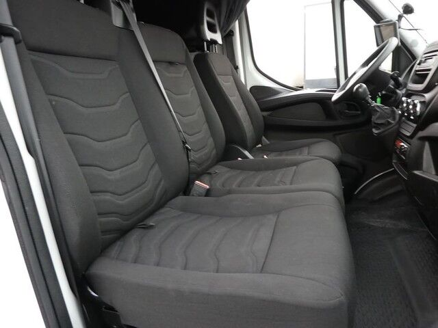 Iveco Daily DAILY40 C 150 cartransporter, 5/9