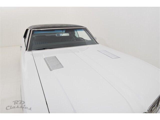 Oldsmobile Cutlass 2D Hardtop Coupe 26/31