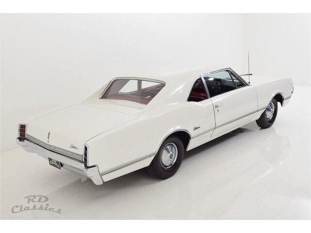 Oldsmobile Cutlass 2D Coupe 25/32