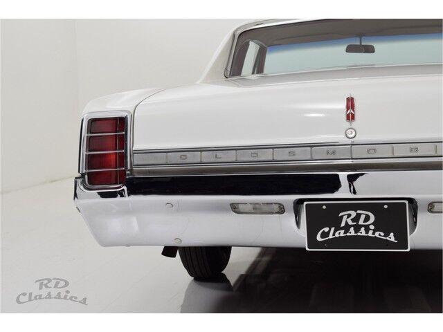 Oldsmobile Cutlass 2D Coupe 28/32