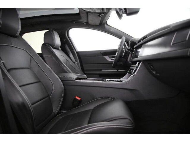 Jaguar XF Sportbrake R-Sport 3/9