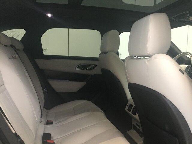 Land Rover Range Rover Velar S 5/10