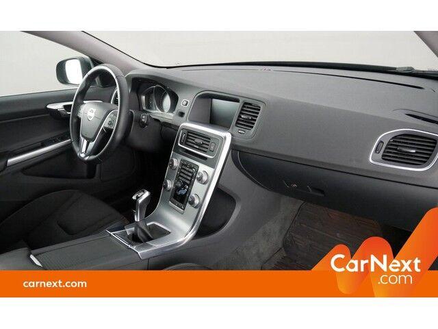 Volvo V60 2.0 D2 Eco Momentum GPS PDC OD/TO Sounds. Trekhaak 10/18