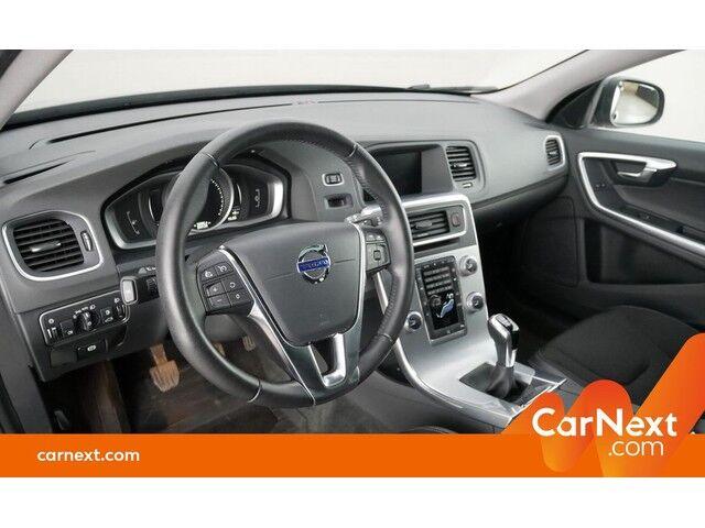 Volvo V60 2.0 D2 Eco Momentum GPS PDC OD/TO Sounds. Trekhaak 11/18