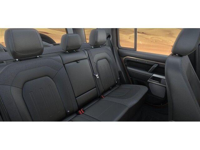 Land Rover Defender 110 S 11/13
