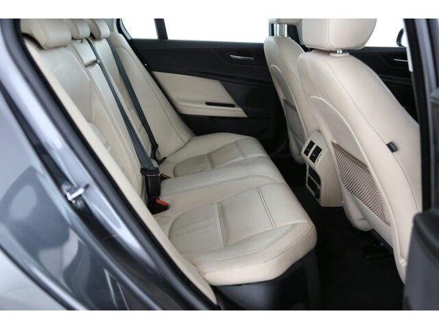 Jaguar XE Prestige 5/9