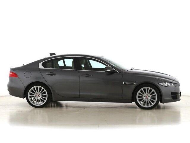 Jaguar XE Prestige 6/9