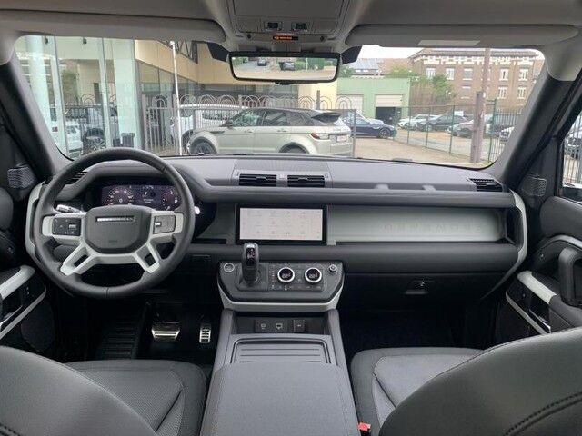 Land Rover Defender 110 S 7/14