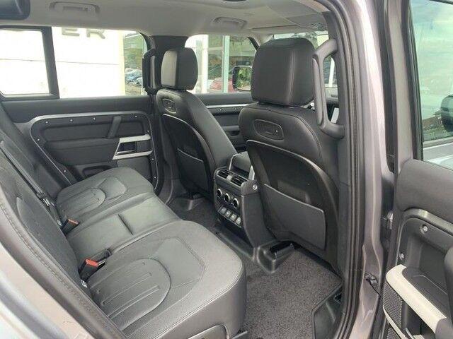 Land Rover Defender 110 S 9/14