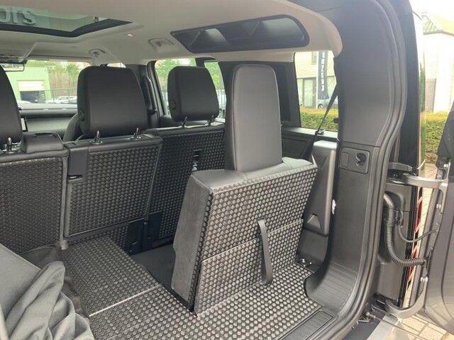 Land Rover Defender 110 S 11/14