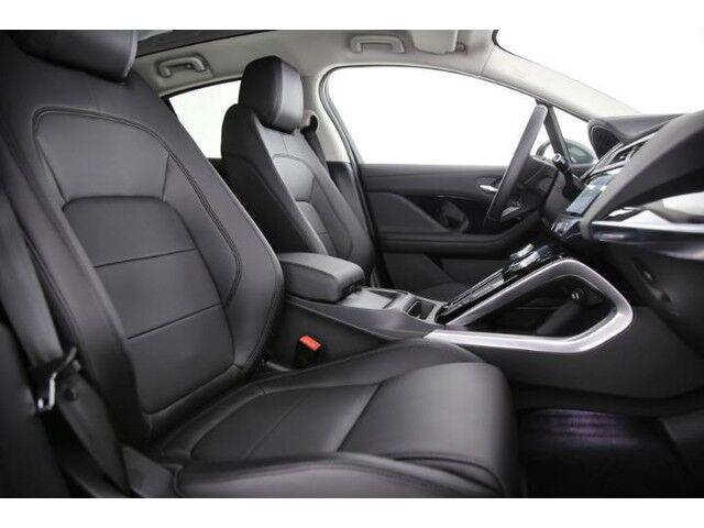 Jaguar I-Pace SE 7/10