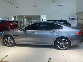 Jaguar XF 2.0D 180PK RWD CHEQUERED FLAG