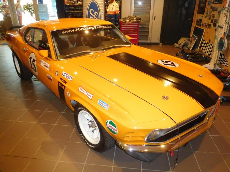 Ford Mustang race car 28/43
