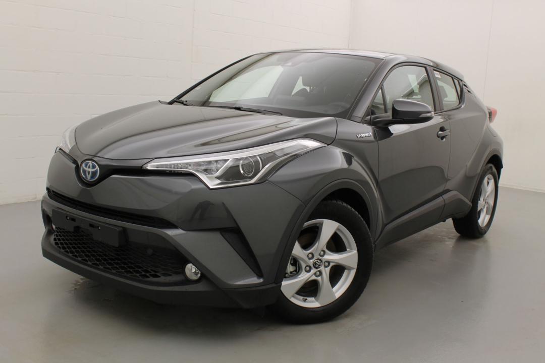 Toyota C-HR premium hybrid e-cvt 98 4/6