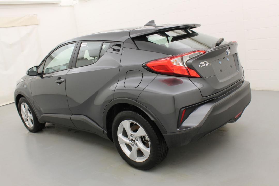 Toyota C-HR premium hybrid e-cvt 98 3/6
