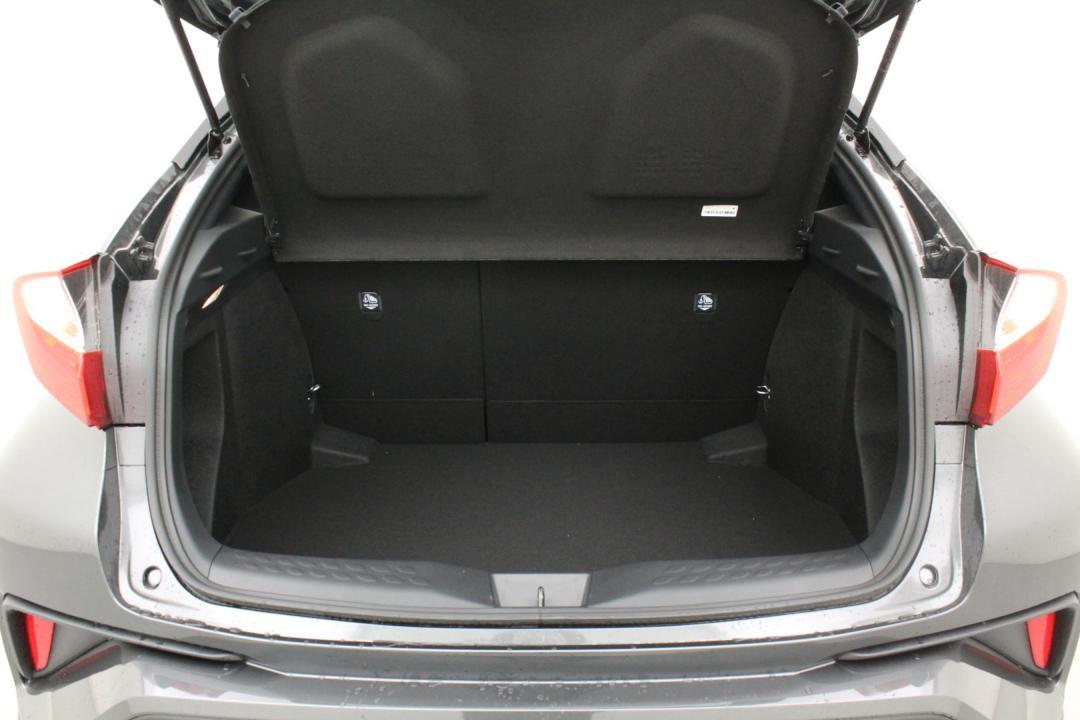 Toyota C-HR premium hybrid e-cvt 98 5/6