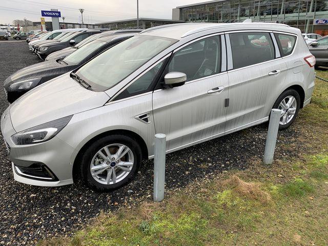 Ford S-Max Titanium Facelift EcoBlue 2,0 190PS 8-G... 2/7