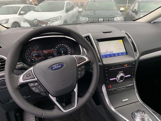 Ford S-Max Titanium Facelift EcoBlue 2,0 190PS 8-G... 4/7